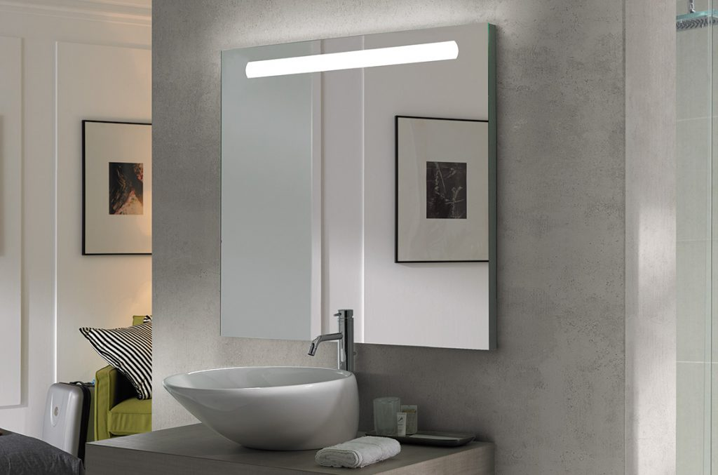 NOA Illuminated Mirror
