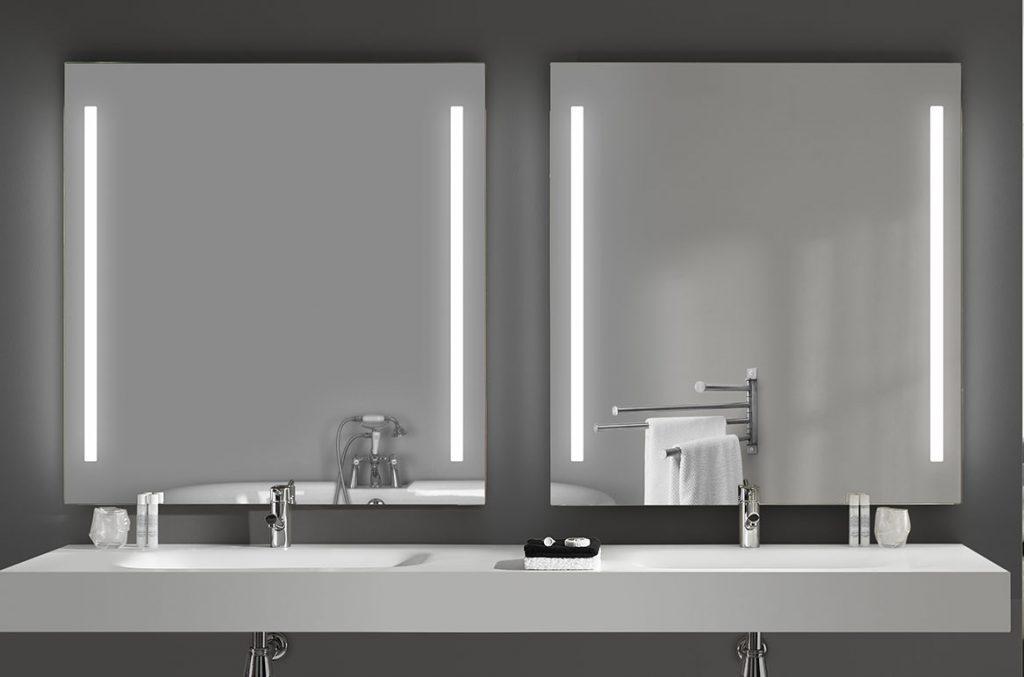 SAM Illuminated Mirror